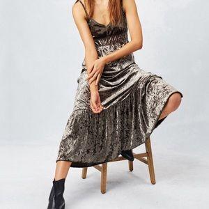 LoveStitch l Petra Crushed Velvet Boho Maxi Dress